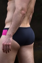 Sunga cavada SLIM OUT rosa e preta